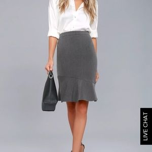 Lulu's grey midi skirt